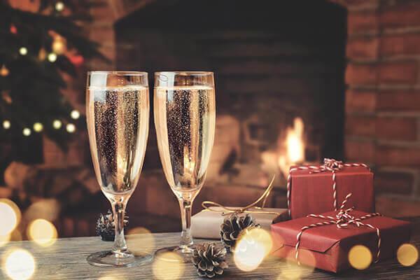 klassisches-champagner-glas