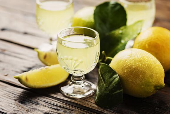 limoncello-trinken