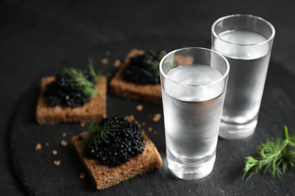 vodka-mit-kaviar