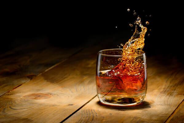 weinbrand-trinken