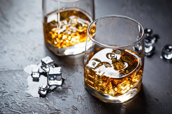 whisky-likoer-trinken
