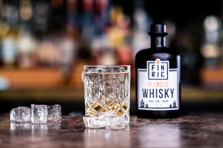 whiskey-cobbler-cocktail